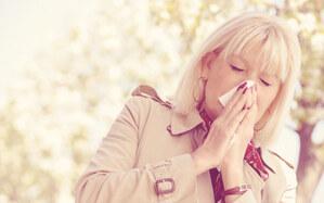 花粉症まとめ 咳や涙、鼻水に悩まされないための対策法はコレ!