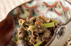牛肉と小松菜の甘辛煮