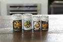 DEAN & DELUCA、人気レシピを手軽に自宅で味わえるクッキングソース缶発売