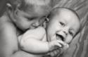 【2人目子育てバイブル #6】上の子の「赤ちゃん返り」どう向き合うべき?~年の差1-2歳編~
