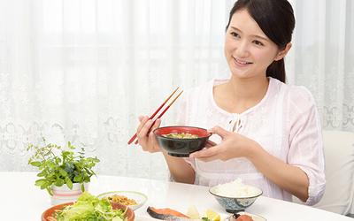 無理しない、がまんしない! 満足感いっぱいの新ダイエット「舌痩せ」とは?