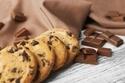 スナック菓子やチョコは何歳から? 子どもが○○を食べても良いタイミング