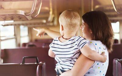 長距離移動で子どもがギャン泣き! 改めて見直したい、とっさの対処法3つ
