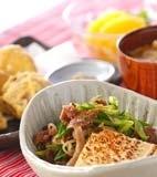 肉豆腐みそ味の献立
