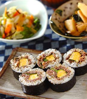 牛肉巻き寿司の献立