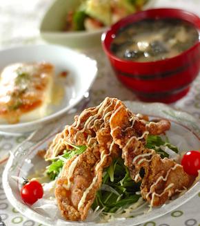 カリカリ豚と水菜のサラダ仕立ての献立