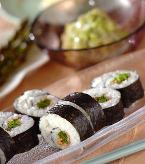 生ハムとルッコラの巻き寿司の献立