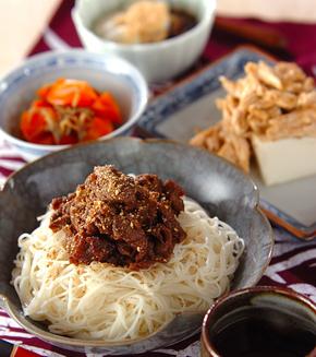 甘辛牛肉素麺の献立