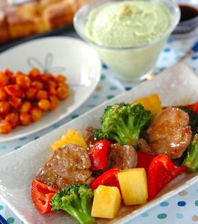 豚肉とパイナップルの炒め物の献立
