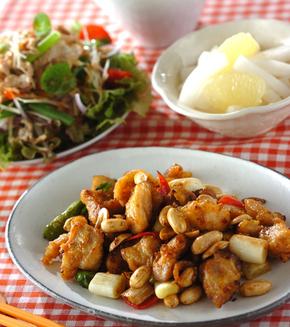 鶏肉とピーナッツの炒め物の献立