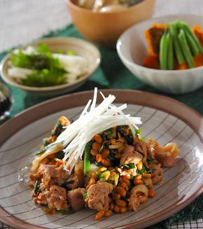 豚肉と納豆の炒め物の献立