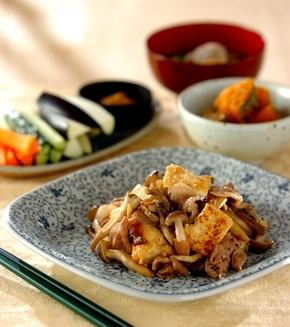 キノコと豆腐のチャンプルーの献立