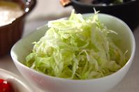 キャベツのシンプルサラダ