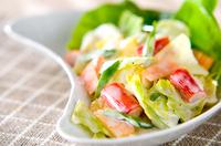 キャベツのカニ風味サラダ