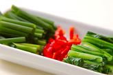 カブの葉のピリ辛炒めの作り方1