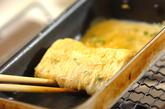 チリメンジャコとネギの卵焼きの作り方2