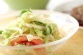 キャベツとピーマンのサラダ