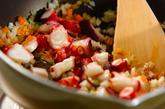 タコとトマトの煮込みパスタの作り方1