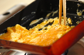 カニ入り卵焼きの作り方1