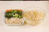 さっぱり温野菜サラダの下準備1