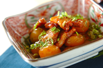 豚肉と玉コンニャクのうま煮