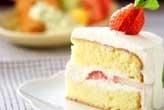 イチゴのフワフワケーキ