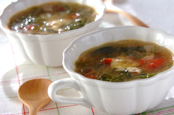 水菜とベーコンの洋風おみそ汁