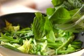 小松菜のショウガ炒めの作り方2