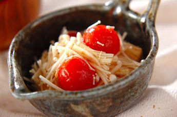 エノキとトマトのサラダ