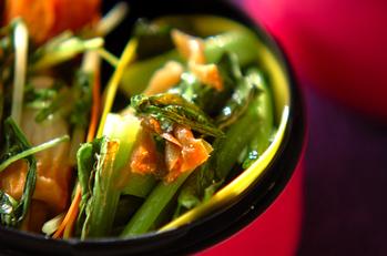 小松菜とザーサイの炒めもの