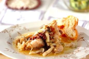 鶏肉のハーブオイル炒め煮