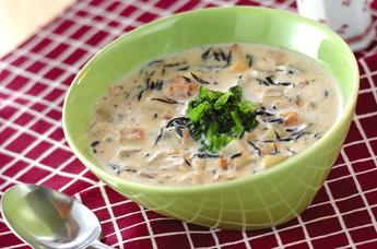 ヒジキと大豆のミルクスープ