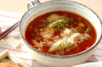 レタスのトマトスープ