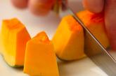 豚とカボチャのレンジ煮の作り方1