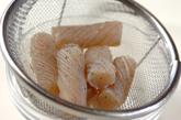 甘辛牛肉のコンニャク巻きの下準備2