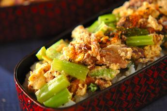 小松菜とサンマの卵とじ丼