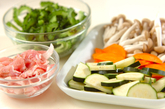 豚肉とゴーヤのカレー炒めの下準備1