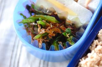 ホウレン草とかつお節の和え物