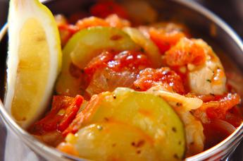 鶏と野菜のスパイス煮