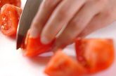 トマトとチーズのサラダの下準備1