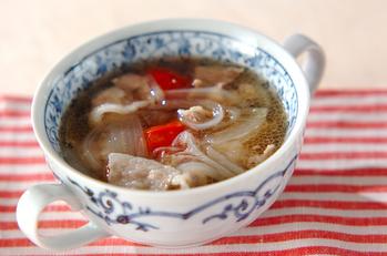 豚肉のトマトスープ