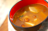 里芋キノコ汁
