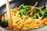 ブロッコリー入りペペロンチーノの作り方2