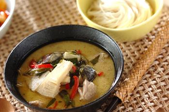 素麺添えタイカレー