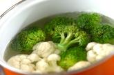 花野菜のピリ辛炒めの下準備1