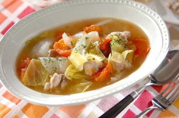 鶏肉とトマトのスープ煮