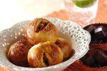 カレー風味のオニオンパン