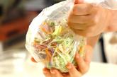 せん切り野菜のコールスローの作り方1