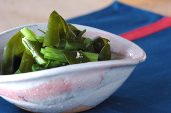 ワカメと青菜の和え物