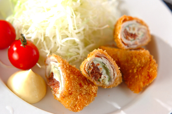 豚肉の梅おかかチーズ巻きフライ